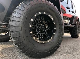 JKラングラーアンリミテッドx37インチタイヤ